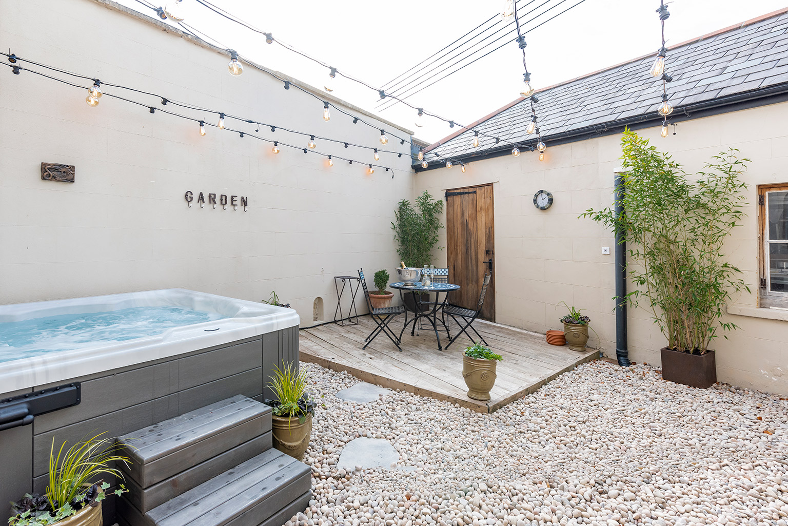 holiday rental with hot tub